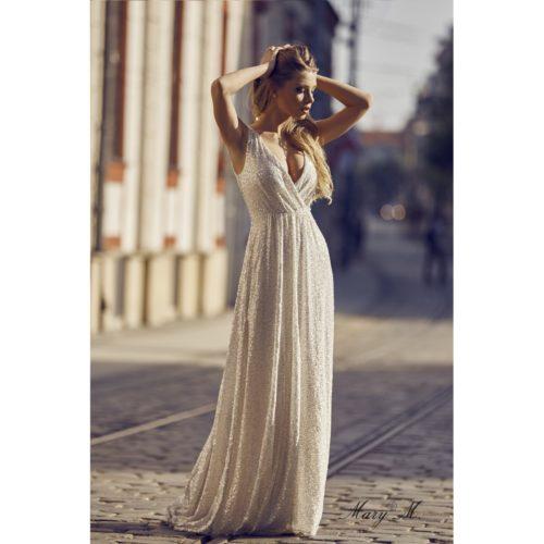 pidulik sädelev kleit