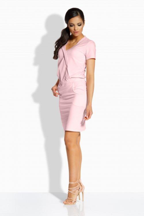 pastellroosa kleit