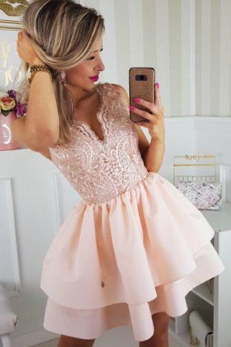 pidulikud kleidid