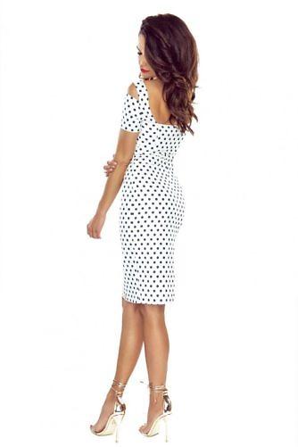 täpiline kleit valge