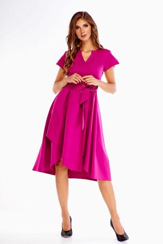 Violetne kleit vööga
