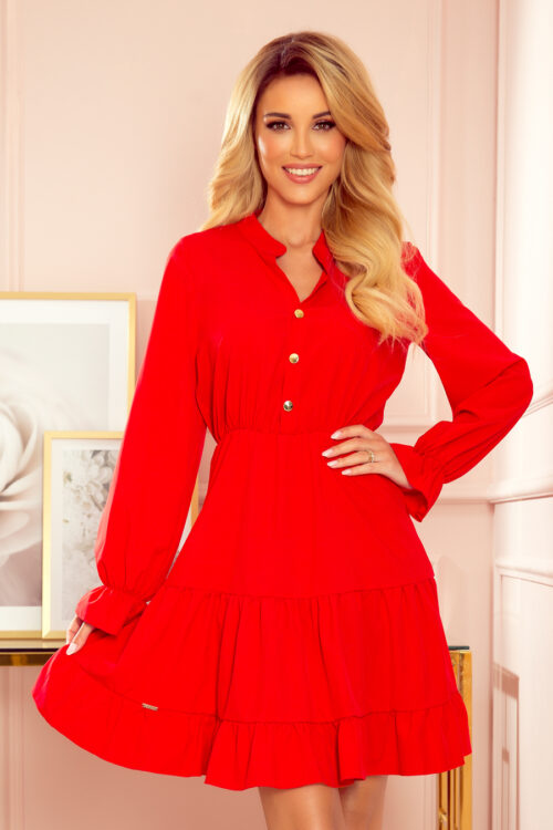 Punane kleit satsidega